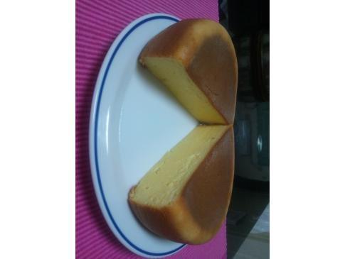 炊飯器ケーキシリーズ第2段 濃厚&しっとりチーズケーキ(断面図)